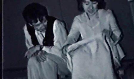 가까운 오래 된 포르노 동영상 긴 손톱